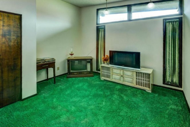 the green room at brady bunch home